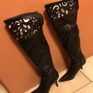 Too Sexy Boots! From online Victoria Secret size 7